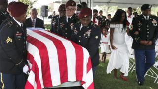 Les funérailles de l'un des soldats américains tués au Niger