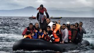 Le président turc, Recep Tayyip Erdogan, a averti qu'il laisserait des centaines de milliers de migrants voyager en Europe si les négociations à son adhésion à l'Union européenne sont gelées.