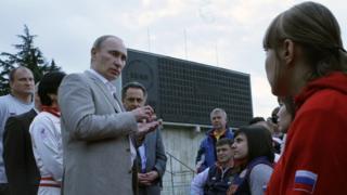 Путин и паралимпийцы, 2010 год
