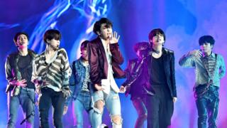 BTS perform at Billboard Music Awards in 2018