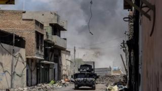 القوات العراقية تتقدم في الموصل القديمة