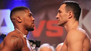 Anthony Joshua and Wladimir Klitschko face each other
