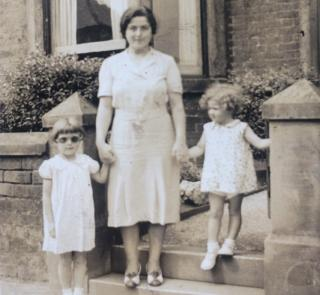 Barbara Johnson with her sister and Aunty Bertha