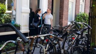 Casal de holandeses