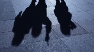 Gang silhouette