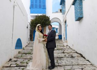 in_pictures A newly wed couple in Sidi Bou Said, Tunisia - Saturday 4 April 2020