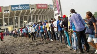 L'engouement que suscite le football en RDC contraste avec les mauvaises conditions d'exercice de ce sport.