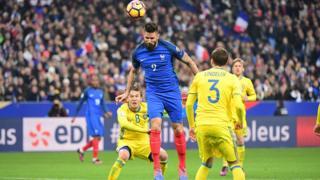 La Suède a battu la France 2-1