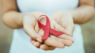 1-декабрда СПИД менен күрөшүүнүн дүйнөлүк күнү белгиленди
