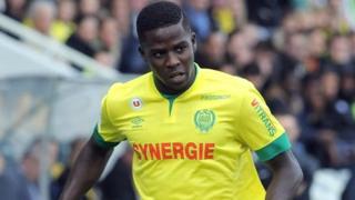 Le défenseur central de 28 ans a été prêté jeudi sans option d'achat à Dijon par Sunderland. Le Sénégalais retrouve donc la Ligue 1 française.