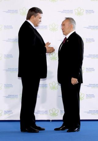 Янукович и Назарбаев