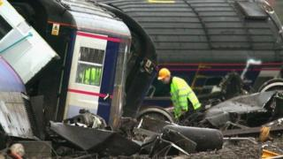 Railway workers deal with the aftermath of the Ufton Nervet disaster