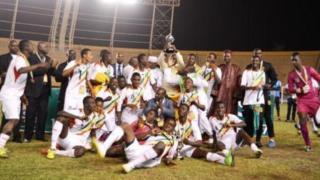 Ce sacre est intervenu au bout d'un match étriquée qui a été bien suivi par les Bamakois.