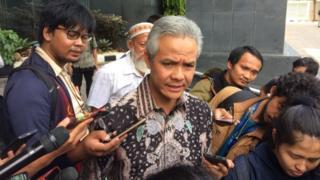 Ganjar Nugroho langsung membantah tudingan Setya Novanto, namun sang mantan Ketua DPR kukuh.
