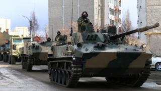 Russian tanks at rehearsal in Yekaterinburg, 14 Apr 20