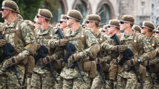армія на параді