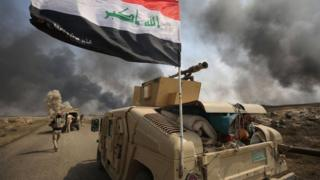 Iraqi pro-government forces advance towards the IS stronghold of Hawija on 30 September 2017