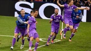 Ronaldo ati awọ̀n egbe re ninu idije Champions League