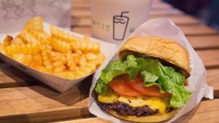 Вчені встановили, що інформація про кількість калорій може зменшити їхнє споживання на 12%