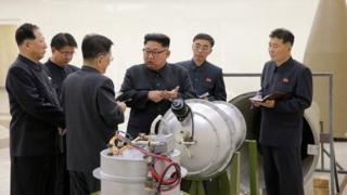 김정은 위원장은 핵무기 개발이 완성돼 시험을 지속할 이유가 없다고 밝혔다