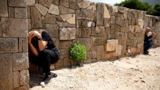 Жителі ізраїльського міста Ашкелон ховаються від обстрілу