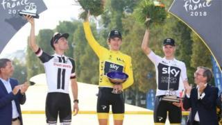 Zakarun gasar wannan shekarar ta tseren keke ta Faransa,Tour de France, Geraint Thomas na daya a tsakiya