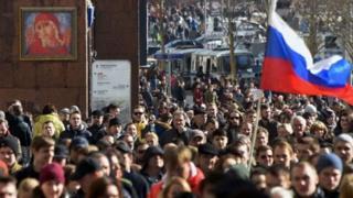 Igipolisi kiravuga ko abantu bari hagati ya 6000 na 8000 bateraniye i Moscow
