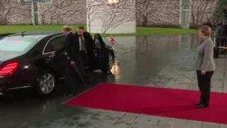 Ангела Меркель чекає на Терезу Мей
