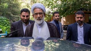 محمدجعفر منتظری دادستان کل کشور گفته است که محاکمه معاون ارزی سابق بانک مرکزی ایران با مجوزی که گرفته شده، علنی خواهد بود