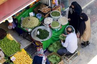 مغازه سبزی فروشی در تهران هفته گذشته