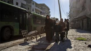 Inta badan dadka magaalada laga daadgureeyay ayaa waxaa la geeyay gobolka Idlib