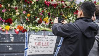 كثير من السويديين أصيبوا بالصدمة جراء الهجوم الذي راح ضحيته 4 من المارة وجرح فيه عدد آخر من المارة