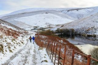A walk to Coulter Reservoir, not far from the village of Coulter, just south of Biggar.