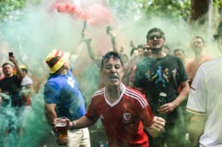 Wales' supporters celebrate in Toulouse
