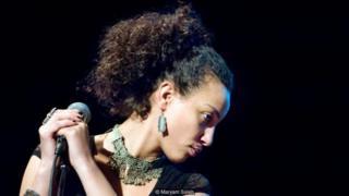 مریم صالح، خواننده و ترانه سرای اهل قاهره