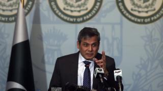 محمد نفیس ذکریا، یک سخنگوی وزارت امور خارجه پاکستان