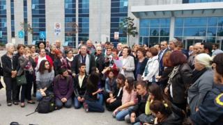 Ergenekon soruşturmaları kapsamında gözaltına alınan ÇYDD yöneticileri Filiz Meriçli, Ayşe Yüksel ve Avukat Nur Gerçel, daha sonra beraat etti.