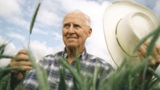 Норману Борлоугу приписують порятунок мільйонів людей від голоду