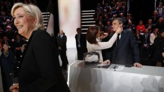 Кандидаты в президенты Франции Марин Ле Пен и Франсуа Фийон на теледебатах