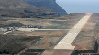St Helena Havaalanı pisti