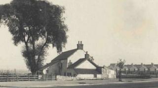 Fferm y Grange tua 1890