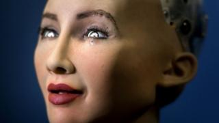 महिला रोबोट