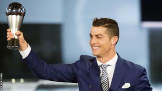 Cristiano Ronaldo wuxuu sanadkii tagay kaalin ka ciyaaray in Real Madrid ay ku guuleysatay koobka kooxda caalamka