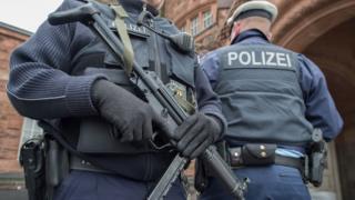 German police, 25 Mar 16 pic