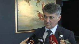 Mayor Janko Kos speaking to the media