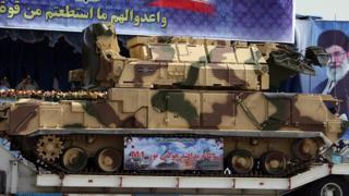 سیستم دفاع هوایی تور در رژه نیروهای نظامی ایران سال ۱۳۸۷ تهران