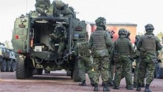 Фінські військові готуються до навчань