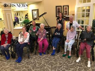 Ancianas en su nuevo hogar