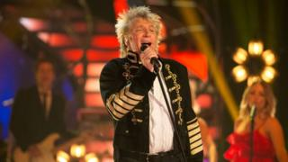 Sir Rod Stewart is the oldest number one male solo artist
