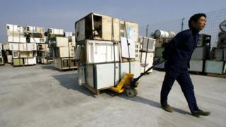 Reciclaje de neveras en China
